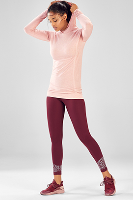 b57741757eea2 Model wearing Fabletics