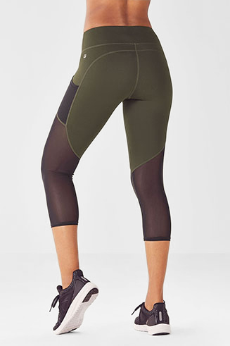 womens workout clothes  gym clothing for women  fabletics