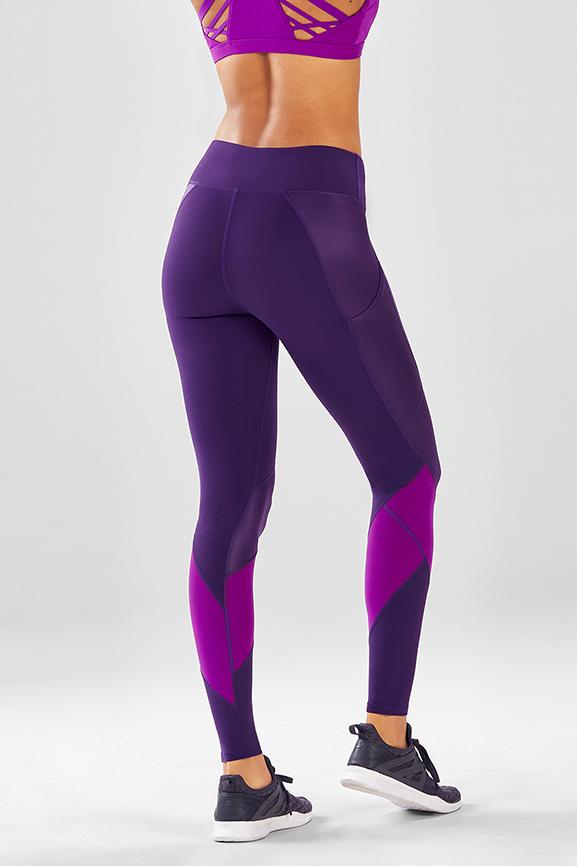 NWT FIRST LOOKS Womens SEAMLESS LEGGINGS Tulip Pink Medium//Large $26