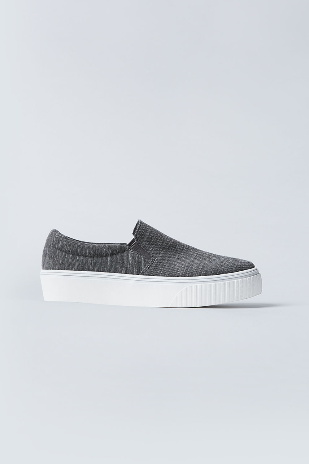 Fabletics Fashion Pier Platform Slip On Womens Grey Heather Size 10 Say hello to your sneaker-non-sneaker hybrid, designed with a slip-on design. Think cute coffee runs, effortless errands and down-to-earth date nights. Comfortable Memory Foam Insole, Slip-On Design with Platform, Soft Knit Material, Fabric Content. Textile upper / Man made sole, Fit. Runs Narrow