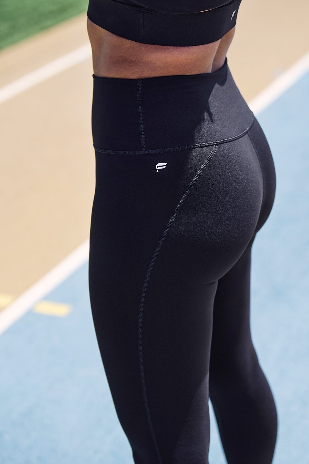 The Best High-Waisted Leggings for Every Workout By Indya Brown When I made a resolution to stay fit this year, I went on a mission to find a pair of leggings that wouldn't slip down no matter the workout.