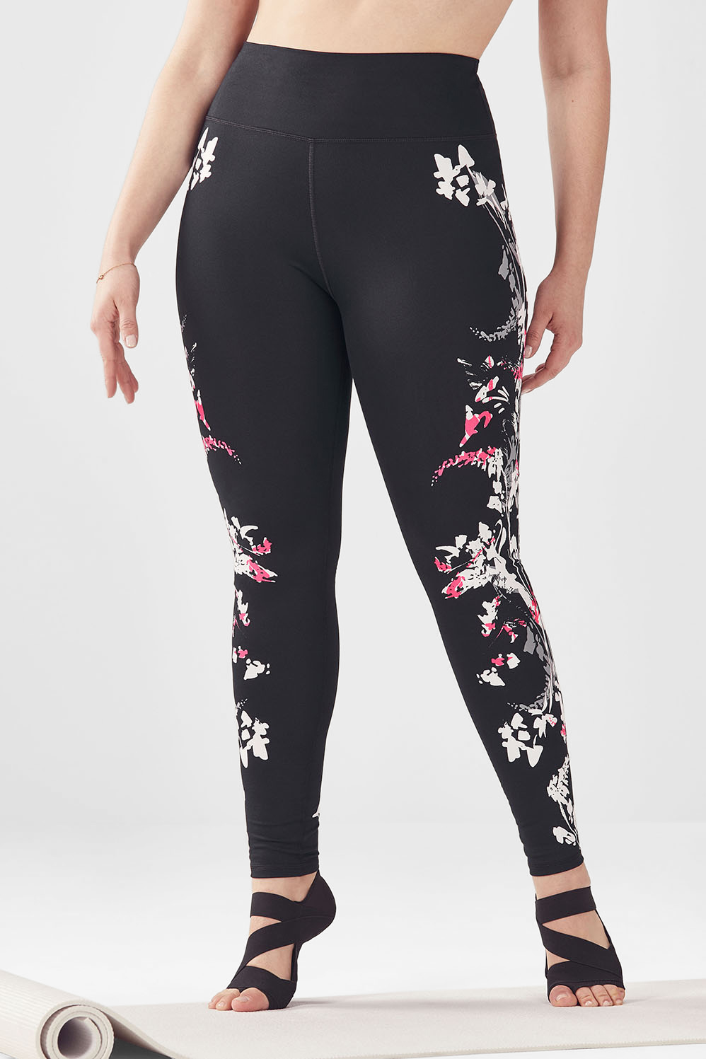 efd4c49f162038 High-Waisted Printed PowerHold® Legging - Fabletics