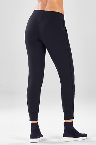 7ddc8391caf027 Workout, Running, Compression & Yoga Pants for Women | Fabletics