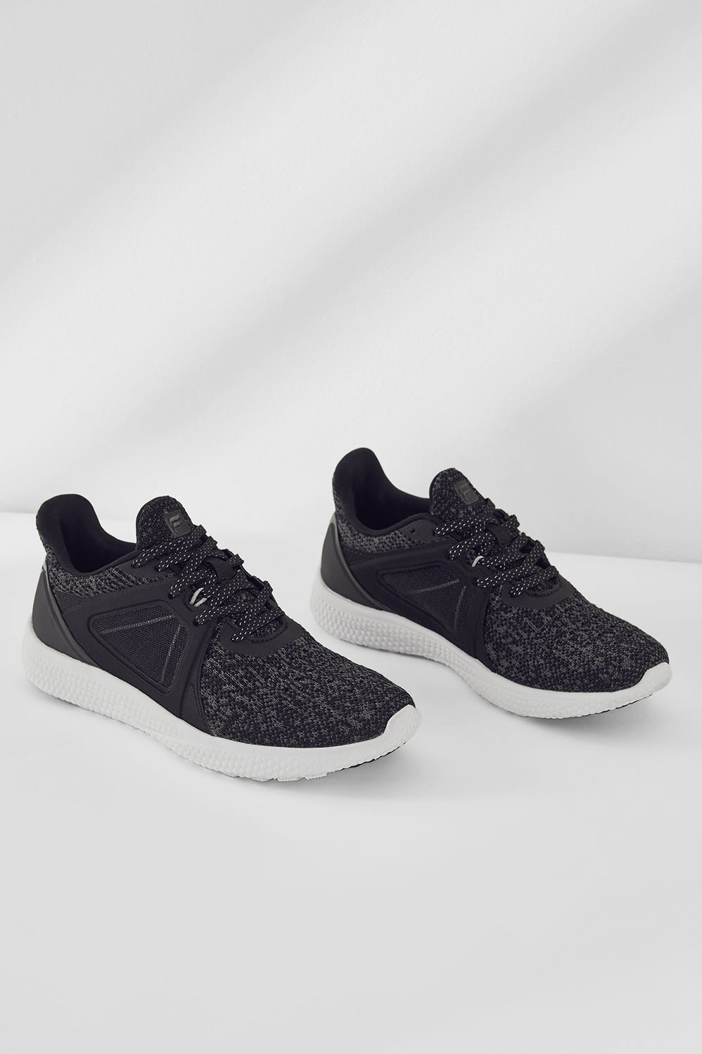 Mission Performance Sneaker - Fabletics