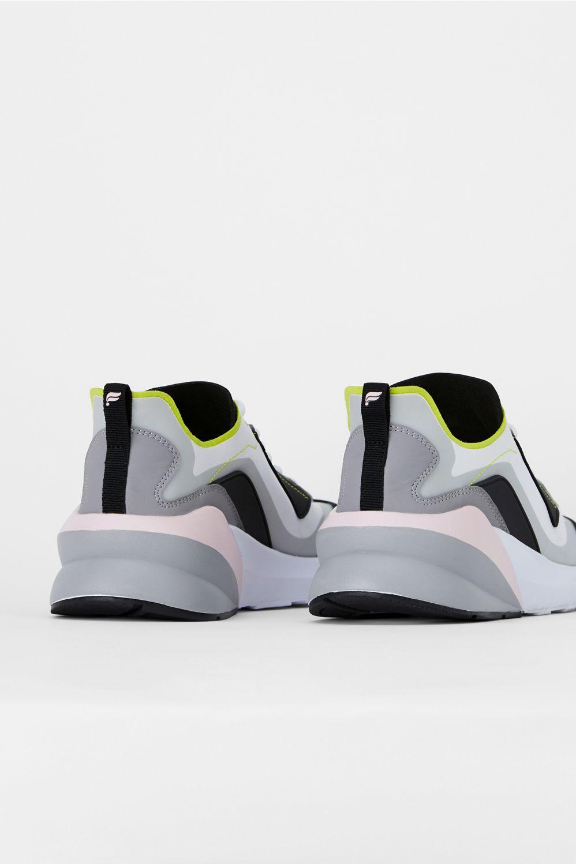 Echo Performance Sneaker